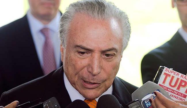 Sobre a confiança, 27% confiam no presidente Temer e 66% não confiam - Foto: Marcelo Camargo | Agência Brasil