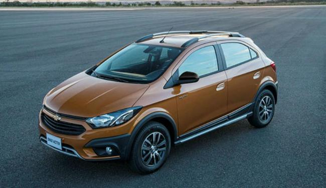 Onix Activ traz câmera de Ré e sensor de estacionamento - Foto: Divulgação/ Chevrolet