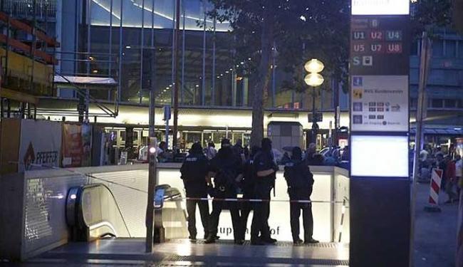 Seis mortos, vários feridos graves e atiradores em fuga — Tiroteio na Alemanha