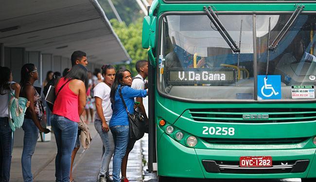 Leitor reclama da limitação de passagens para estudantes - Foto: Joá Souza | Ag. A TARDE
