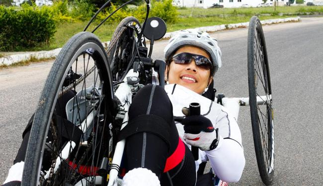 Sarah quer adquirir uma bike mais leve. A campanha 'Vamos Ajudar Sarah' encerra em 28 de agosto - Foto: Edtonio Solidade | Divulgação