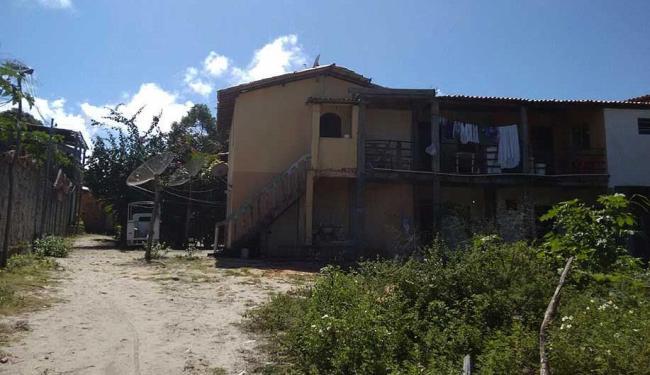 Casa foi aluga pela vítimas por três meses - Foto: Edilson Lima | Ag. A TARDE