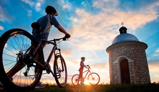 Verão europeu favorece o passeio de bicicleta na República Tcheca - Foto: Divulgação