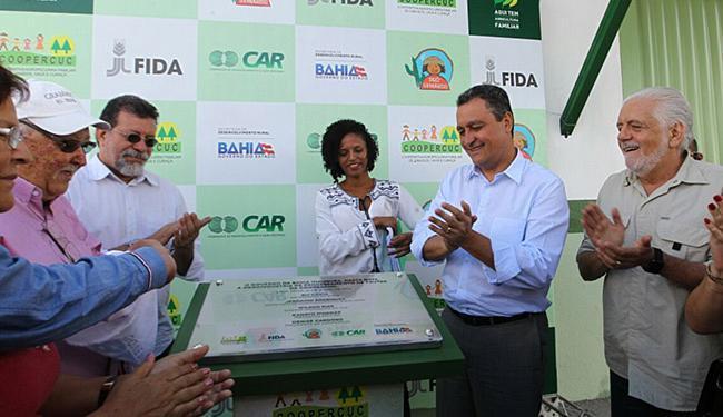 O governador Rui Costa (C) participou da solenidade - Foto: Pedro Moraes l Gov-BA