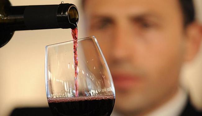 Vinhos e espumantes vão harmonizar com comida baiana - Foto: Agência AFP