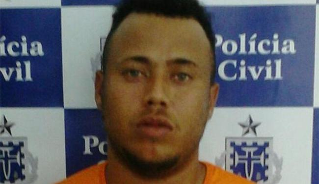 Segundo a polícia, com Zóio havia 67 trouxas de maconha e 13 pedras de crack - Foto: Divulgação l Polícia Civil
