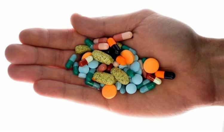 O reajuste varia de acordo com o tipo de medicamento - Foto: Srdjan Zivulovic | Reuters