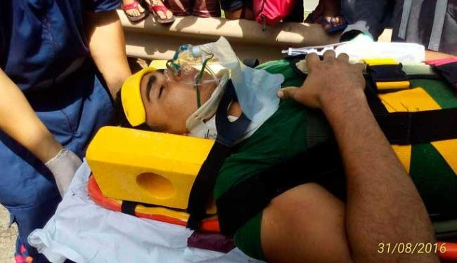 O condutor foi atendido pelo SAMU - Foto: Divulgação/ Corpo de Bombeiros