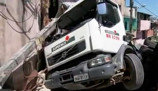 Apesar do susto, ninguém ficou ferido em decorrência do acidente - Foto: Reprodução   TV Bahia