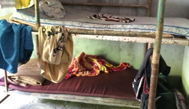 Alojamento dos trabalhadores na Estrada da Rainha estava em situações precárias - Foto: Divulgação   SRTE-BA