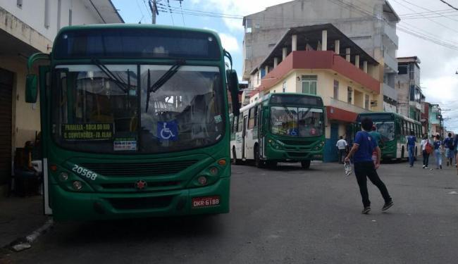 Após protesto, coletivos voltaram a circular no bairro de São Gonçalo - Foto: Edilson Lima | Ag. A TARDE