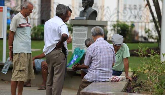 Revisão deve alcançar 840 mil auxílios-doença, que consomem R$ 1 bilhão mensalmente - Foto: Joa Souza   Ag. A TARDE