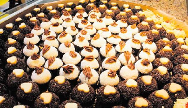 A Mais Brigadeiro, com chocolate belga na base, oferece mais de 60 tipos de brigadeiro gourmet - Foto: Márcio Ventura | Diulgação