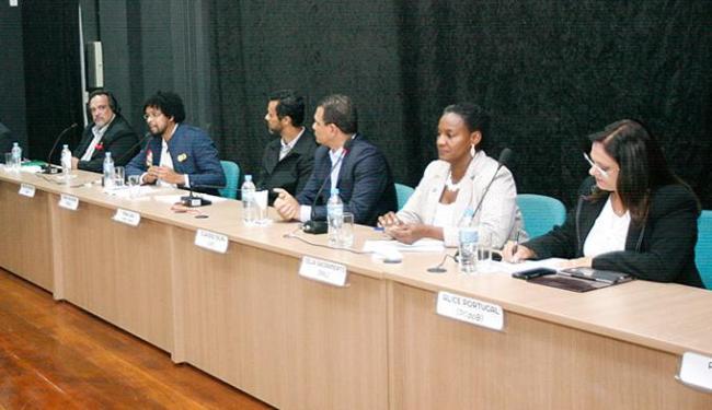 Primeiro debate entre candidatos a prefeito foi realizado no auditório do Ifba, no Canela - Foto: Margarida Neide l Ag. A TARDE