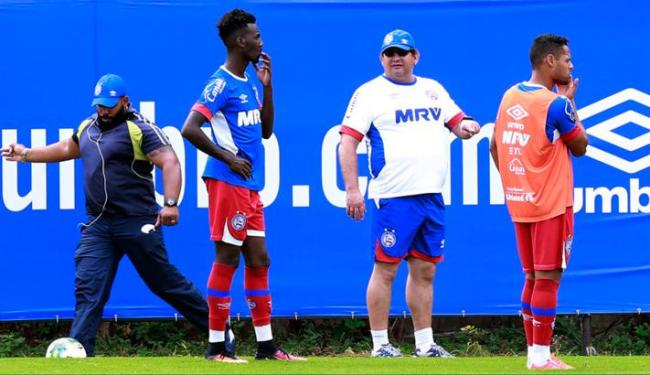 Guto convocou 21 jogadores para o jogo contra o Paraná - Foto: Felipe Oliveira   EC Bahia