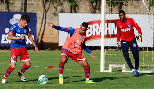 Elenco participou de um treino tático com bola no Fazendão - Foto: Felipe Oliveira | EC Bahia