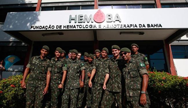 Ação mobilizou integrantes de diversas unidades,reunindo cerca de 120 homens somente nesta segunda - Foto: Xando Pereira l Ag. A TARDE