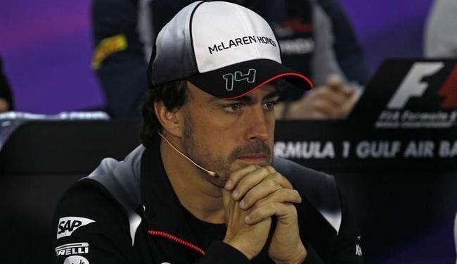 Piloto espanhol sofre com a falta de competitividade do carro da McLaren - Foto: Alan Baldwin | Ag. A TARDE