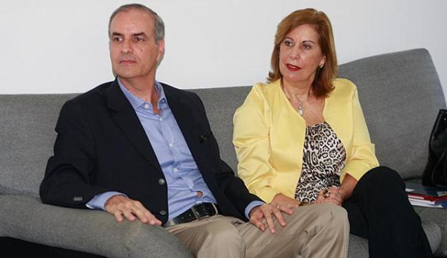 Jorge Calmon Filho e Athiná Arcadinos Leite visitaram sede de A TARDE nesta sexta-feira, 19 - Foto: Luciano da Matta l Ag. A TARDE