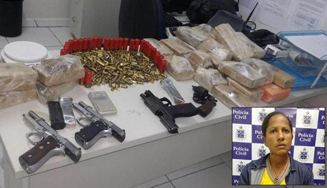 Além da prisão de Jussara, foram apreendidos armas, munições e 13 kg de drogas - Foto: Divulgação l Polícia Militar-BA