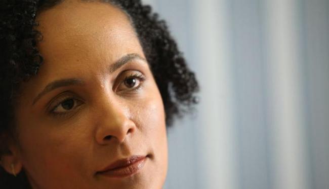 Coordenadora do Gedem, Lívia Vaz, fala sobre a atuação do MP no combate à violência e ao feminicídio - Foto: Lúcio Távora| Ag. A TARDE