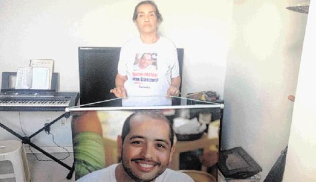 Mãe procura quem matou o filho Bruno - Foto: Alexandre Santos | Ag. A TARDE