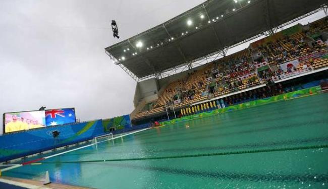 Ainda verde gua de piscina do maria lenk ser trocada - Agua de piscina verde ...
