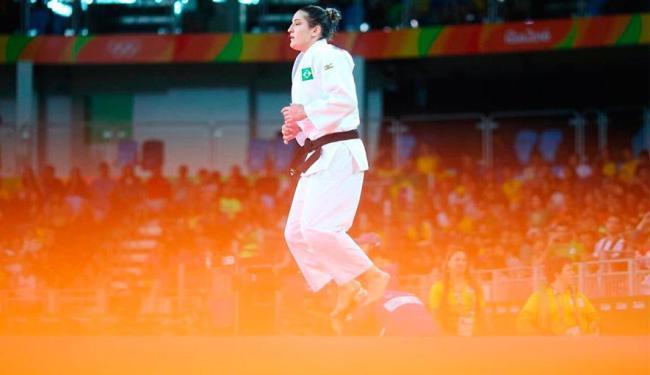 Mayra conseguiu conduzir a luta contra alemã - Foto: Divulgação   Brasil 2016