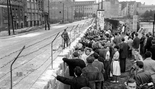 Muro de Berlim separou a Alemanha Oriental da Ocidental - Foto: Divulgação