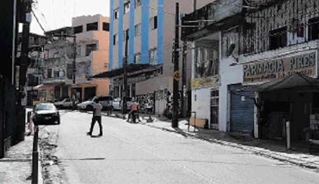 Suspeitos foram atingidos em Cosme de Farias - Foto: Edilson Lima   A TARDE