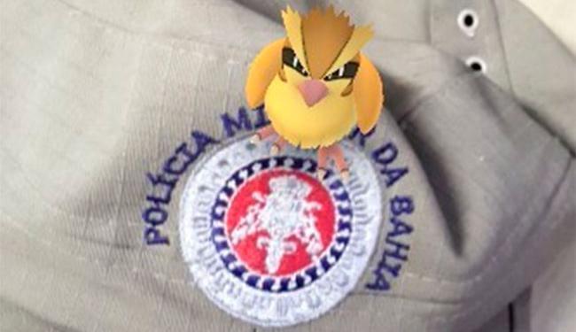 A 77ª CIPM recomenda que jogadores fiquem atentos ao jogar Pokémon Go - Foto: Reprodução | Facebook