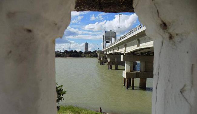 Expectativa é que vazão do rio São Francisco seja mantida até o mês de outubro - Foto: Miriam Hermes l Ag. A TARDE l Abril de 2016