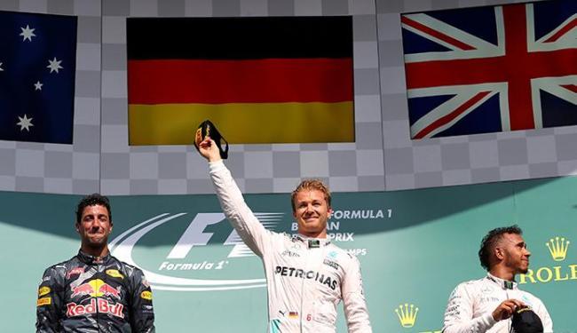 Rosberg venceu, seguido por Daniel Ricciardo (RBR) e pelo companheiro de equipe Lewis Hamilton - Foto: Yves Herman | Agência Reuters