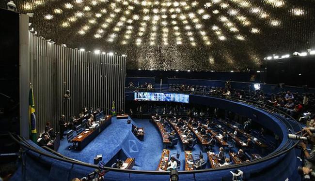 Levantamento aponta que o número de apoios ao afastamento de Dilma atingiu 55 senadores - Foto: André Dusek l Estadão Conteúdo