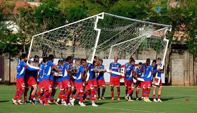 Atletas tiveram, neste mês, bastante tempo para treinar sob as orientações do técnico Guto Ferreira - Foto: Felipe Oliveira l EC Bahia