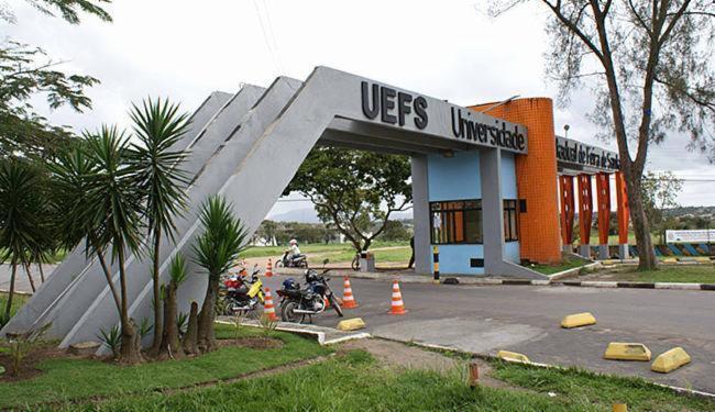 Vigilantes que fazem a segurança no campus cobram o pagamento dos salários de setembro - Foto: Divulgação l Uefs