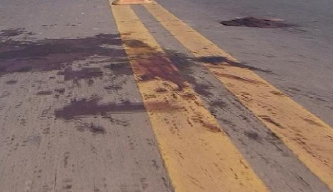Um casal morreu em uma queda de moto no bairro de Sete de Abril - Foto: Divulgação   Transalvador