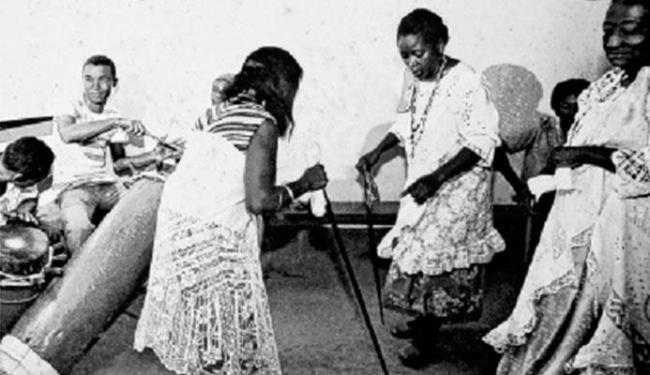 Os voduns Lepon e Arronoviçavá da Casa das Minas com bengala e lençol em São Luís - Foto: Museu Afro-Digital | Divulgação