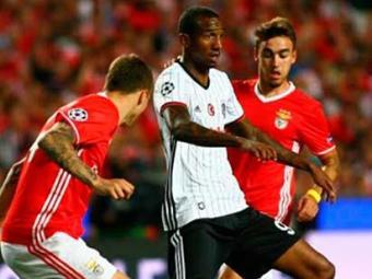 Em seu primeiro jogo contra o Benfica, Talisca fez um gol e sofreu racismo - Foto: Divulgação   Besiktas