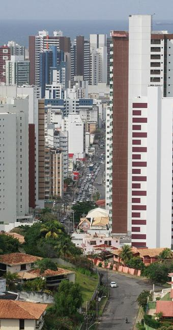 Se um imóvel custa R$ 100 mil, a taxa de corretagem é de R$ 5 mil - Foto: Xando Pereira l Ag. A TARDE