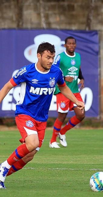 Após cumprir suspensão diante do Náutico, Renato Cajá volta a vestir a camisa 10 tricolor - Foto: Felipe Oliveira l EC Bahia