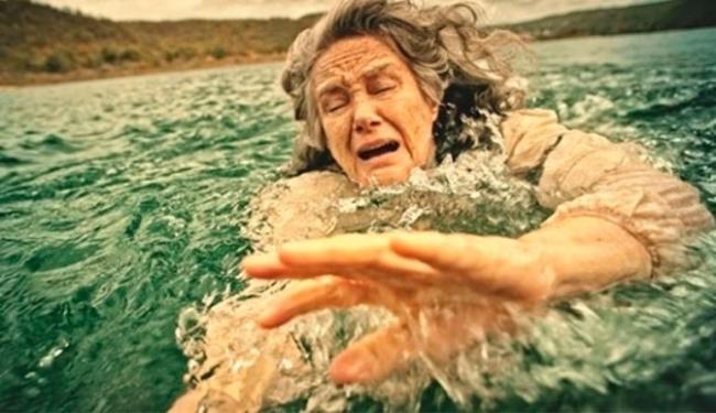 Internautas criticaram cena de afogamento no capítulo desta quinta - Foto: Divulgação
