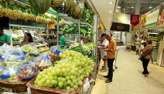 Alimentação está como a principal responsável pela inadimplência - Foto: Joá Souza | Ag. A TARDE
