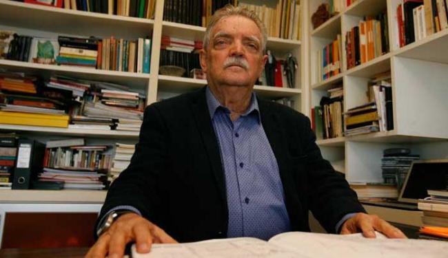 Baiano Aurélio Souza é um dos principais nomes da psicanálise sul-americana e francesa - Foto: Joa Souza | Ag. A TARDE