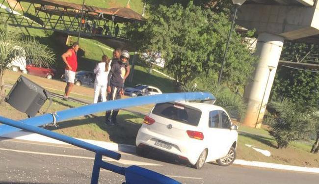 O acidente não deixou feridos - Foto: Cidadão Repórter | Via WhatsApp