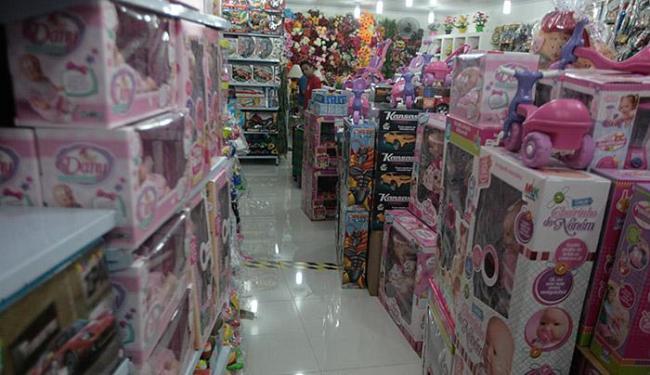 Levantamento indica que 40% dos brasileiros pretendem comprar presente para a data - Foto: Lúcio Távora   Ag. A TARDE