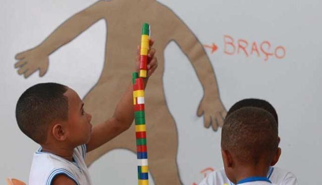 Estudantes do ensino fundamental participam de aula no Centro Municipal Tereza Mata Pires - Foto: Joá Souza | Ag. A TARDE