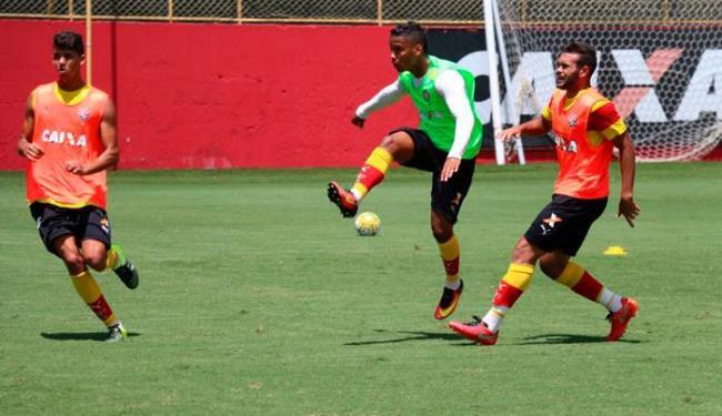 Jogadores participaram de atividade em campo na Toca do Leão - Foto: Francisco Galvão | EC Vitória