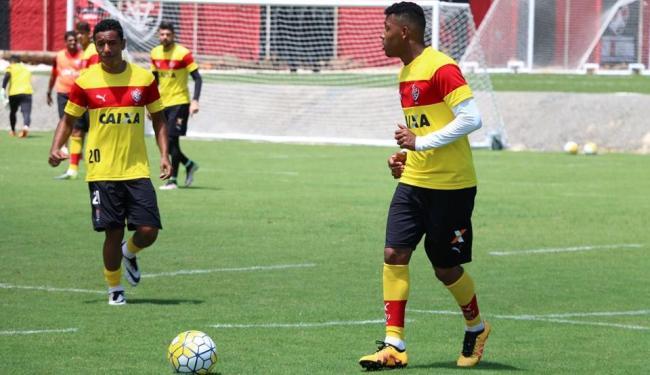 Os jogadores fizeram uma atividade de dois toques na Toca do Leão - Foto: Francisco Galvão   EC Vitória