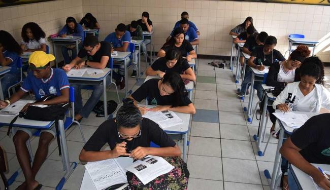 Fica obrigatório para os três anos do ensino médio apenas o ensino de português e matemática - Foto: Suami Dias | GovBa